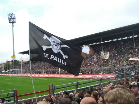 St Pauli pirate flag
